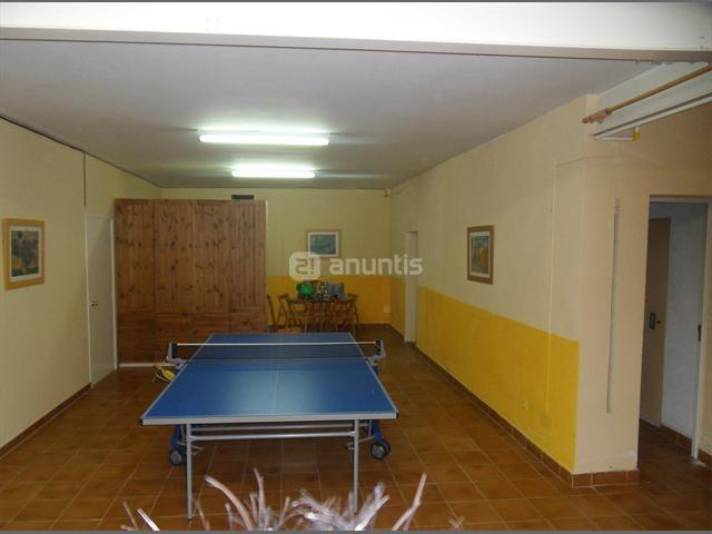 Ping pong and other games room