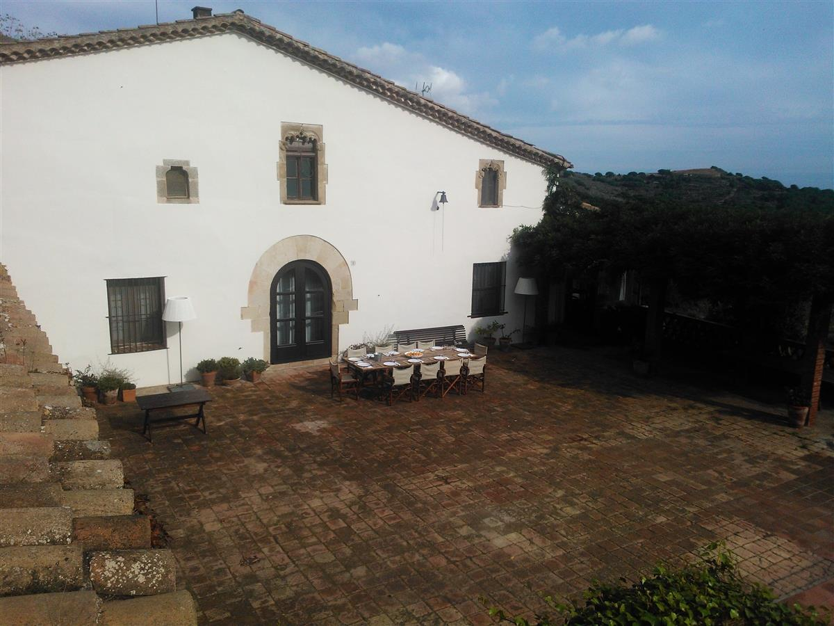 THE HOUSE :-), 400m2. Views to the Sea, Mountain, Town and Barcelona