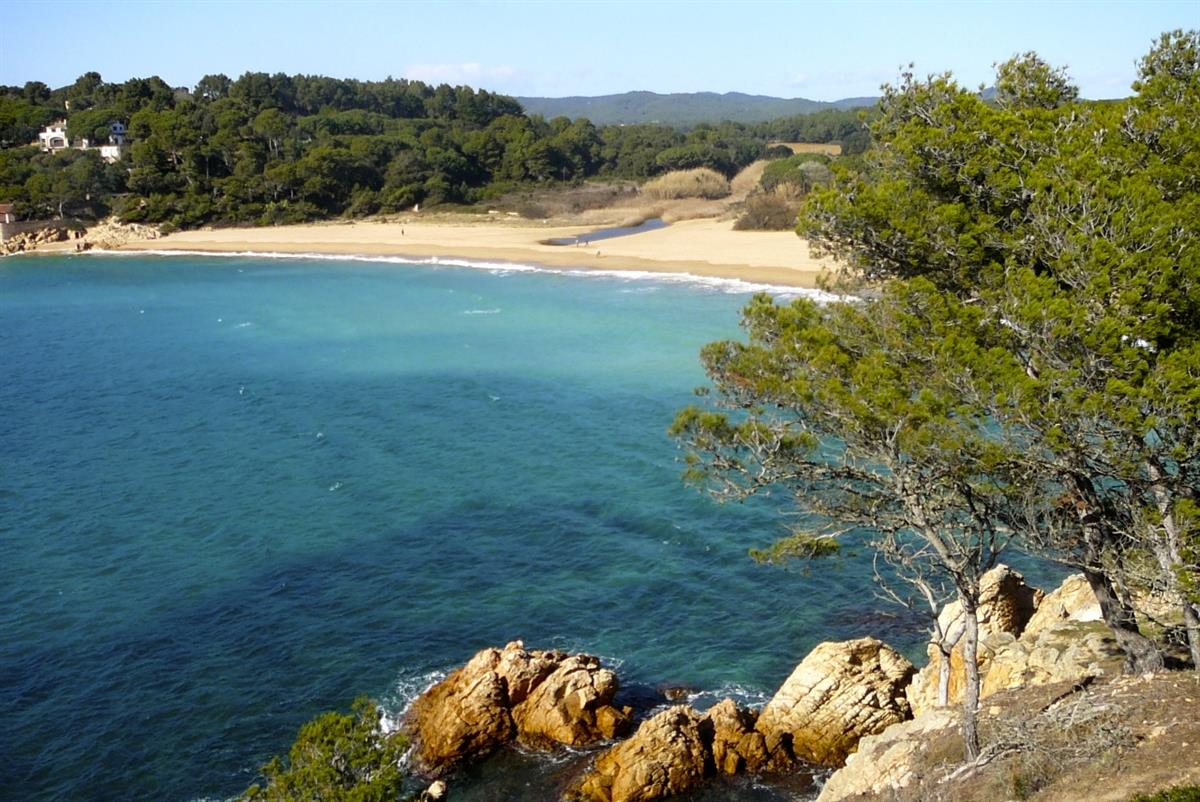 Platja Castell with a choice of beautiful walks