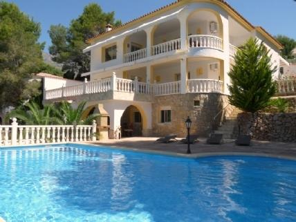 Alquile Chalet independiente en Altea