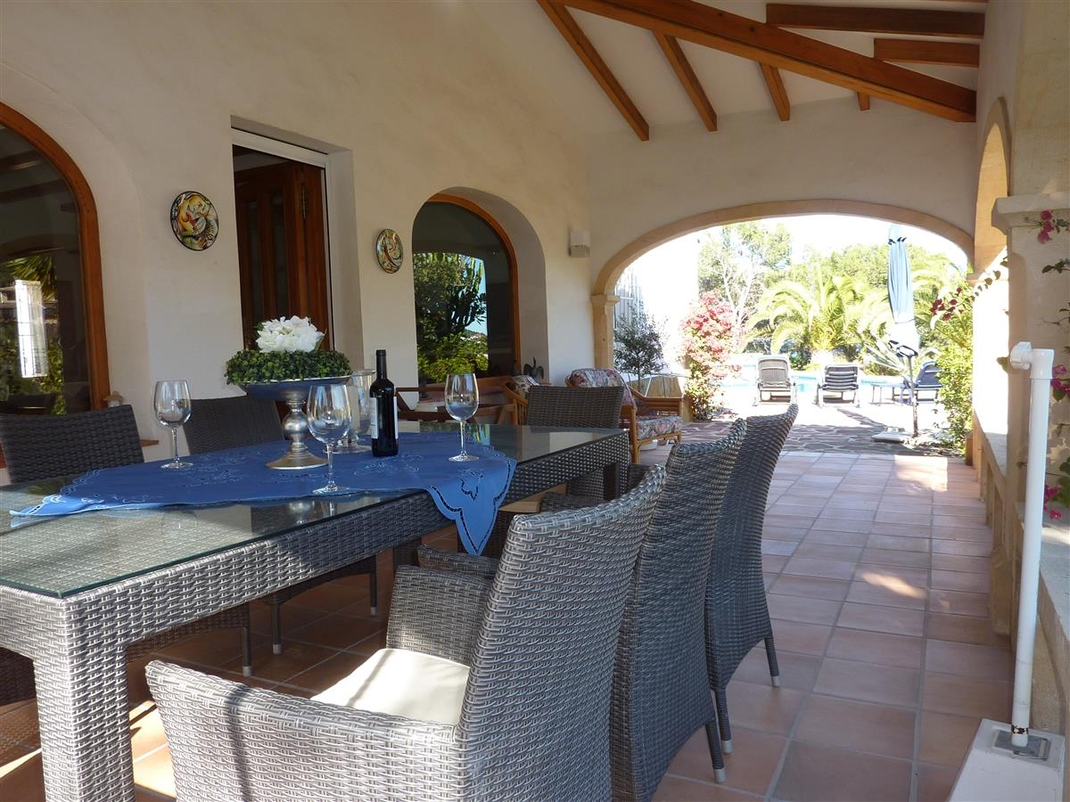 Holiday villa for rent in j vea tosalet j vea vacation for Outdoor furniture javea