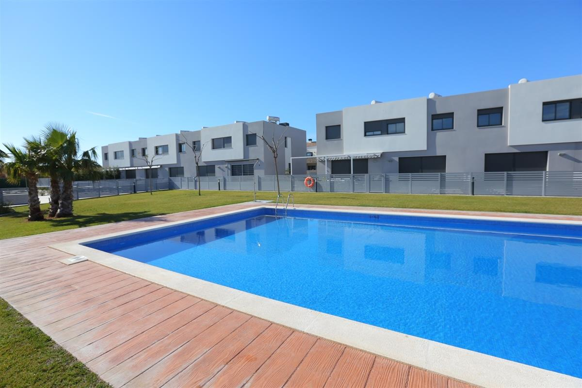 Vacation Townhouse in Cambrils