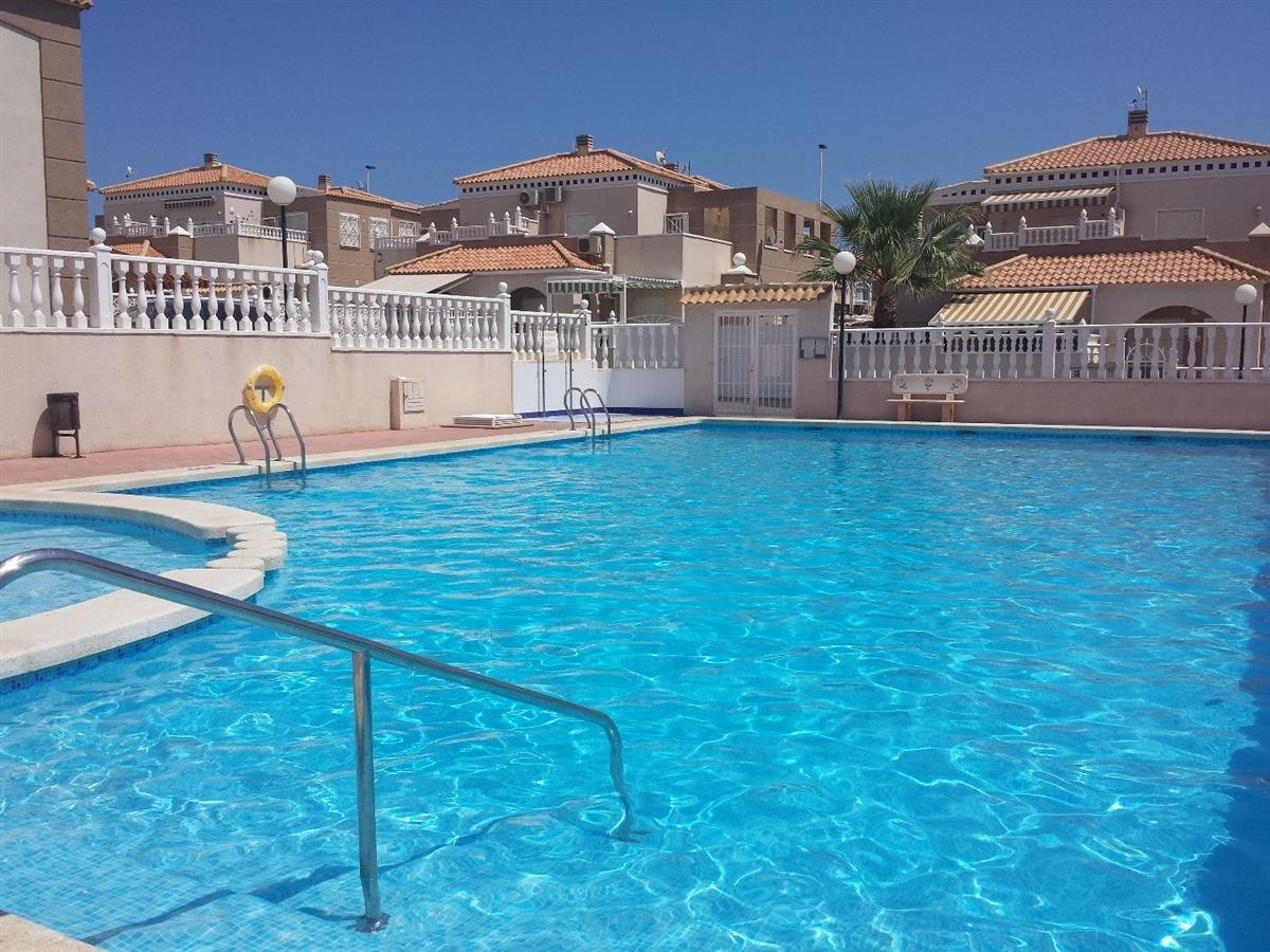 Weekly Car Rentals >> Cheap budget accommodation in Torrevieja budget rentals