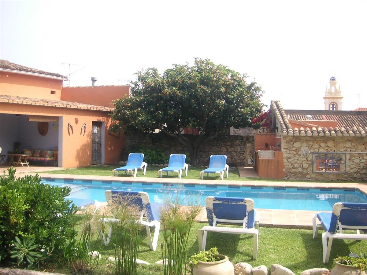 Xaymaca pool, partial view of garden & bbq area