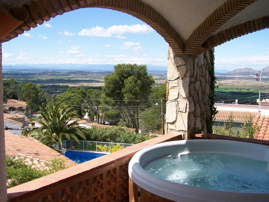 Hot tub at 5 bed villa