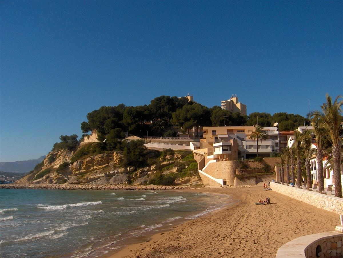 Beach at Moraira (winter)