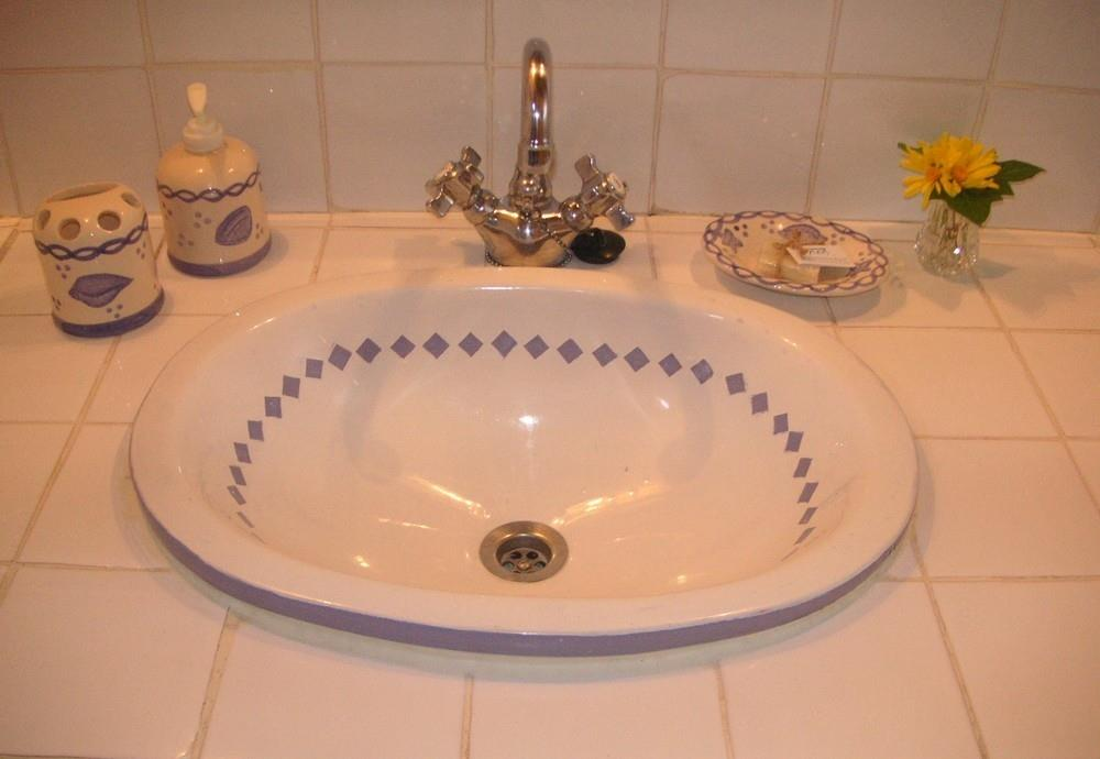 Handpainted ceramic basin