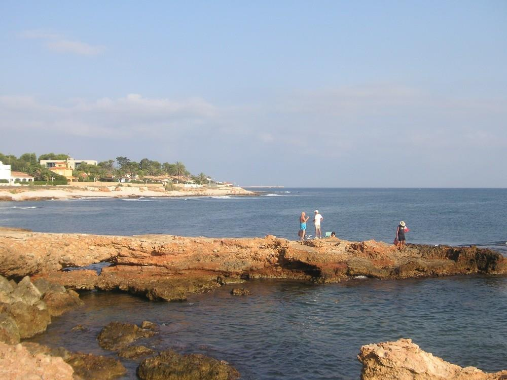 Denia - Las Rotas beach ideal for snorkelling - pebble coves.