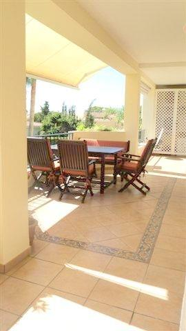 Apt. on first floor- lovely sunny terrace with sea views