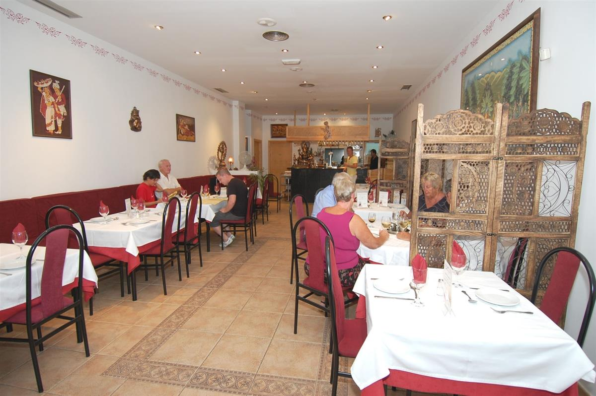 Excellent food at the Nirvana Indian restaurant