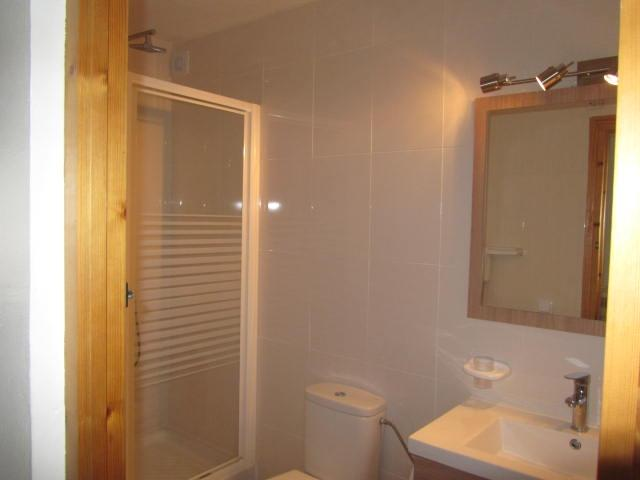 power shower, vanity unit,lots of storage and towels