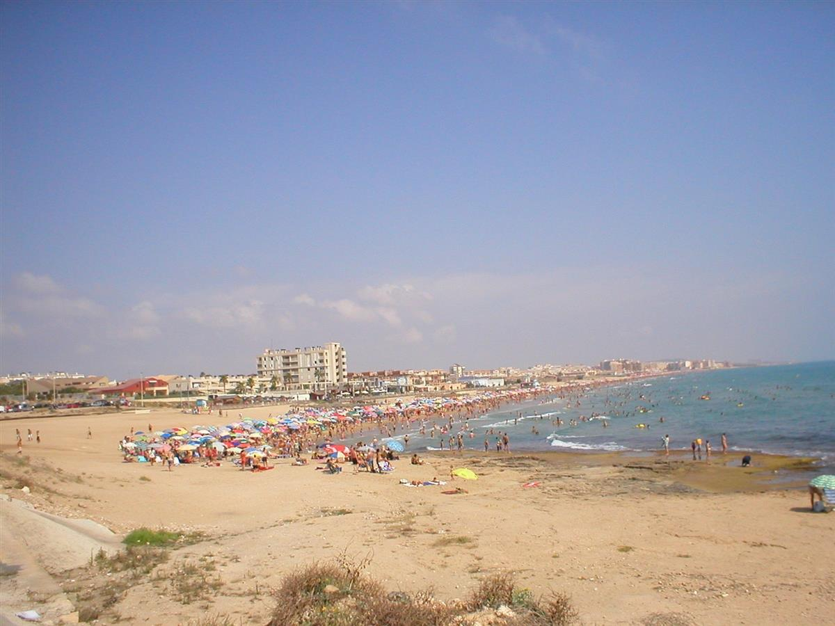 LA MATA BEACH.5-8 MINUTES DRIVE AWAY