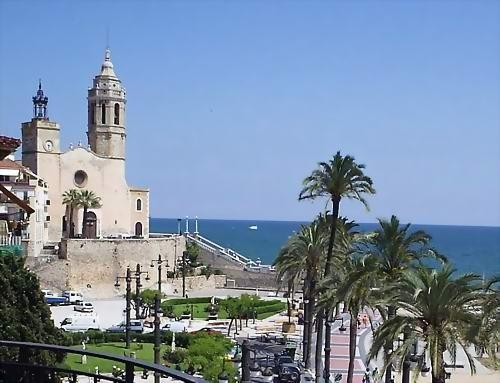 Church at the Sitges boulevard