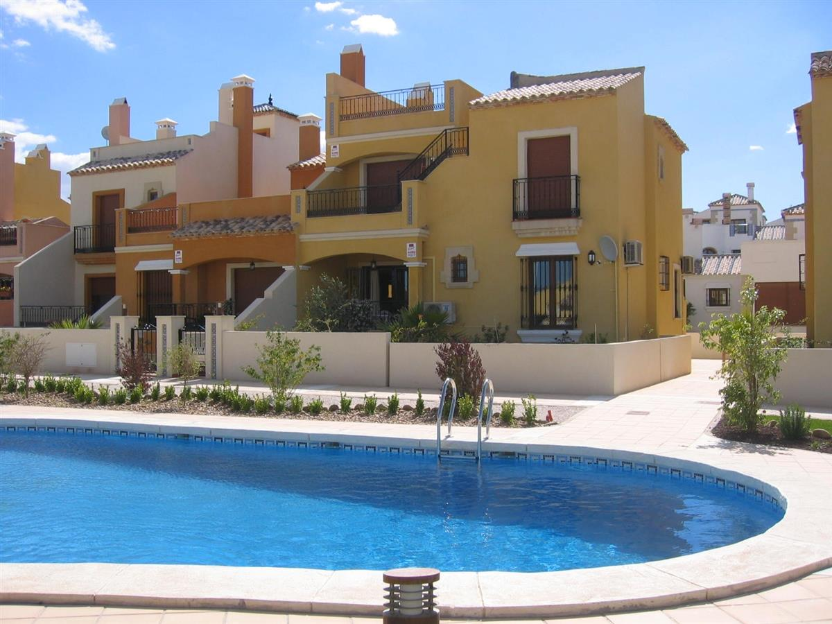 Holiday rentals in Algorfa: Villas & Apartments for rent