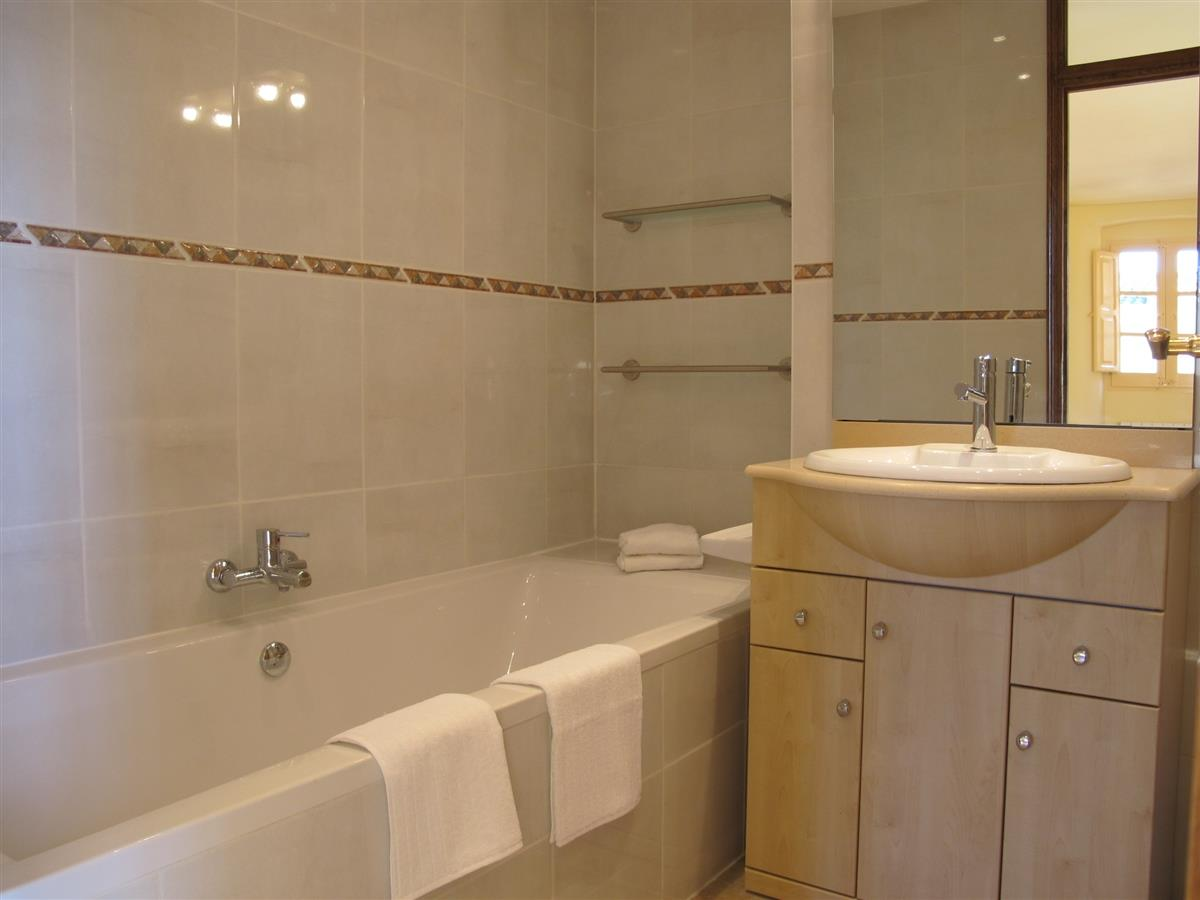 En-suite bathroom, with bath and shower