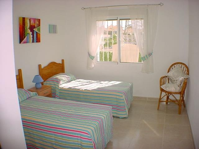 Bedroom 2 - twin room