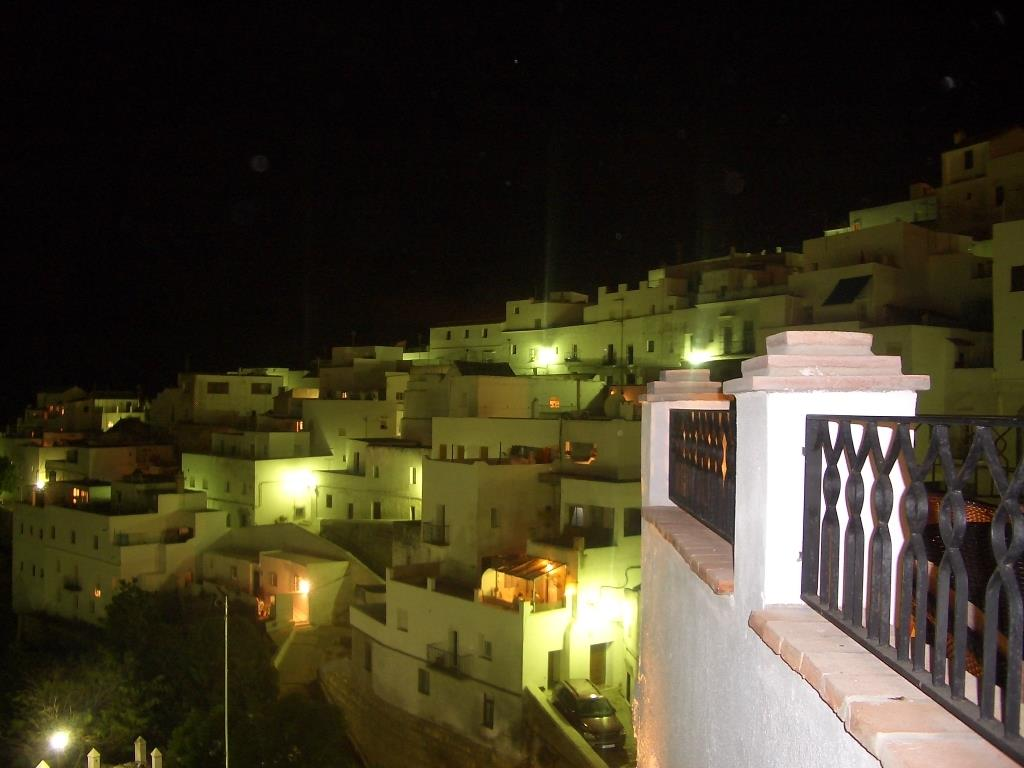 Vejer at night