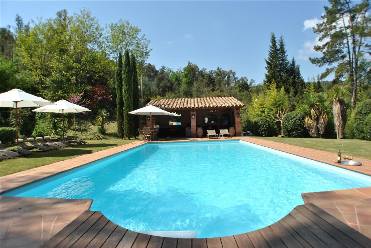 Holiday mansion for rent in arenys de munt arenys de - Large holiday homes with swimming pool ...
