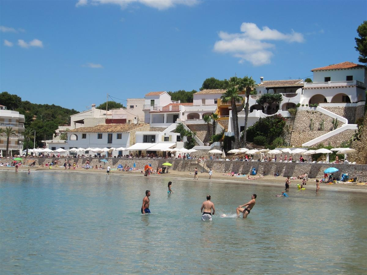 El Portet Beach - Close by