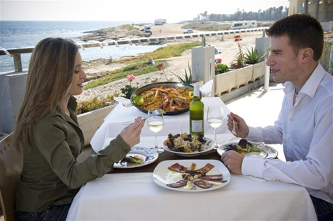 Dining out in Torrevieja restaurants