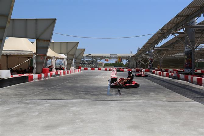 Karting in L'Escala, Catalonie - Costa Brava