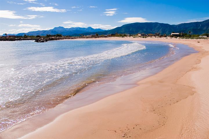 11 picture perfect beaches in Cullera, Valencia