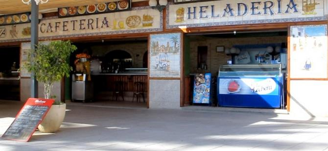 Cafe Soraya at Playa Cura, Torrevieja