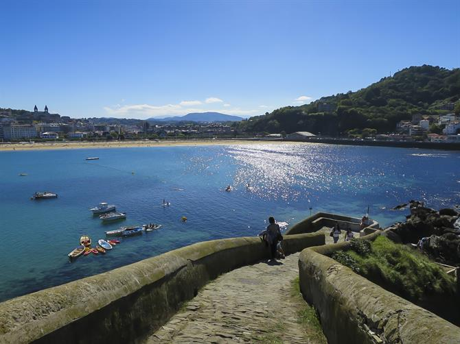 Santa Clara Island, San Sebastián, view Ondarreta beach and Igueldo mountain
