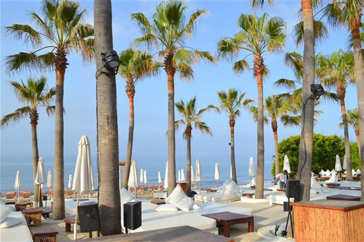 Best beach clubs Marbella - Nikki beach