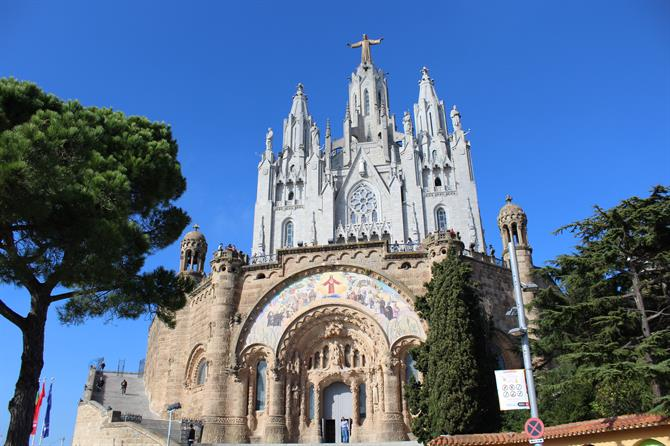 Expiatory Temple of the Sacred Heart of Jesus