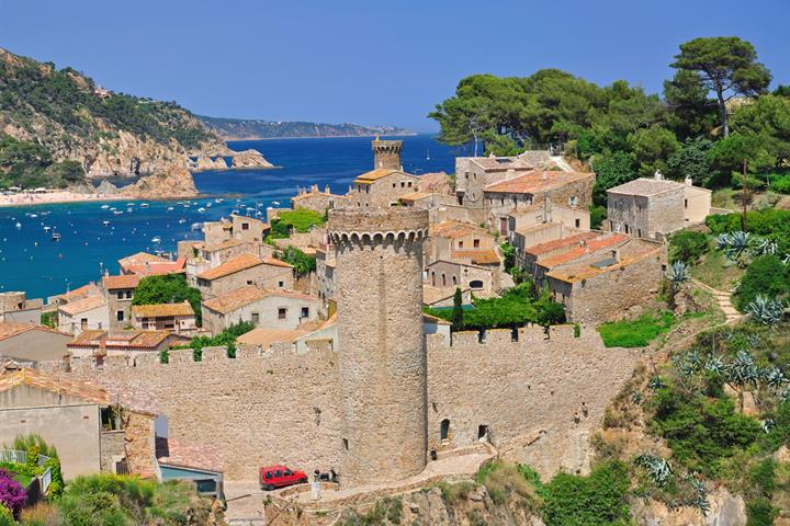 Tossa de Mar travel information, video and reviews