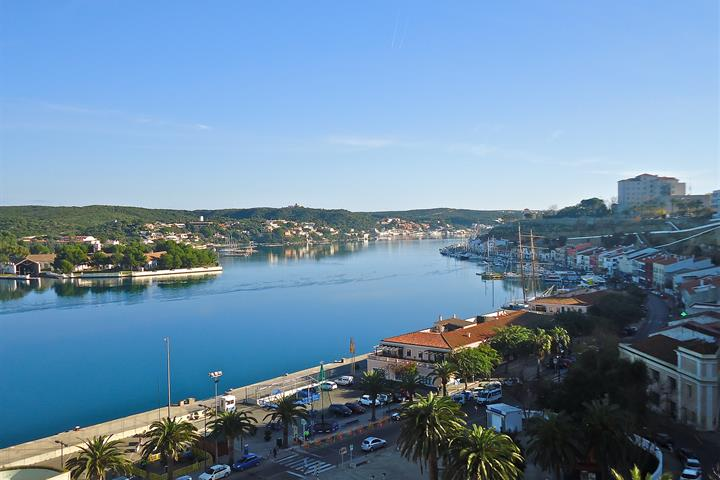 Alternative Menorca: discovering the eastern zone