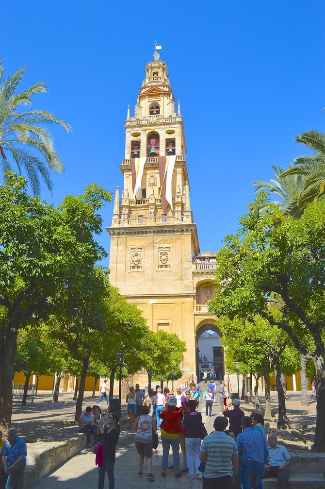The bell tower of the mezquita
