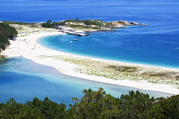 Cíes Islands: paradise beaches in Galicia