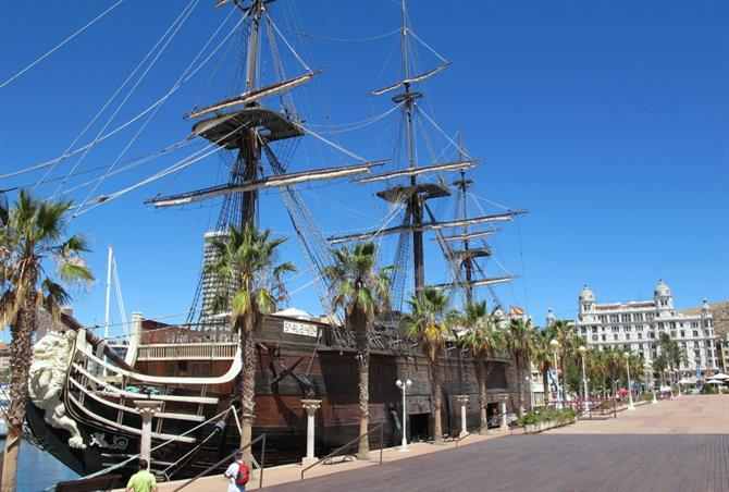 Santísima Trinidad sailing ship in Alicante