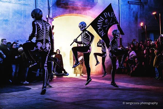 The Dance of the Dead in Spain