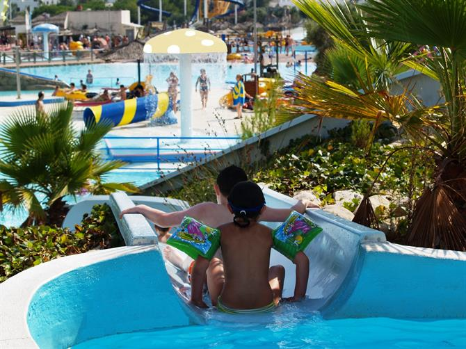 Waterpark Aquópolis
