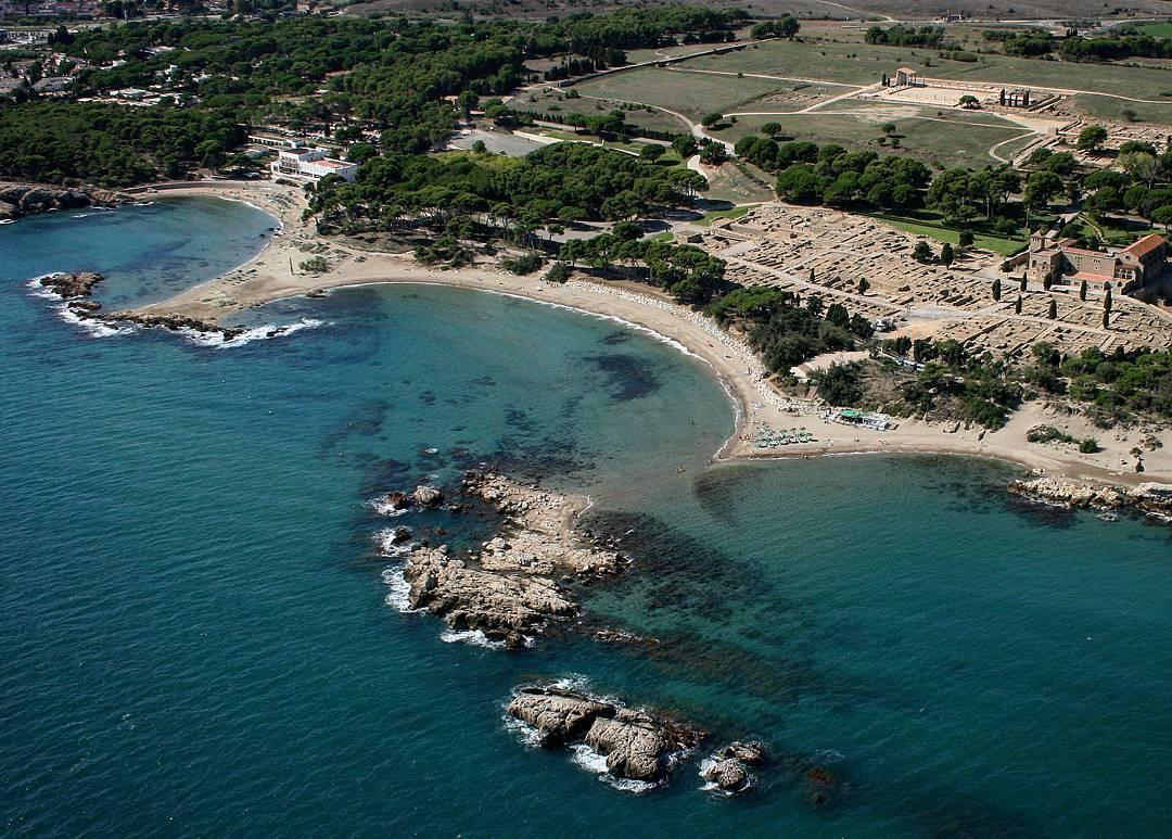 Discover The Most Beautiful Beaches Of L Escala Girona