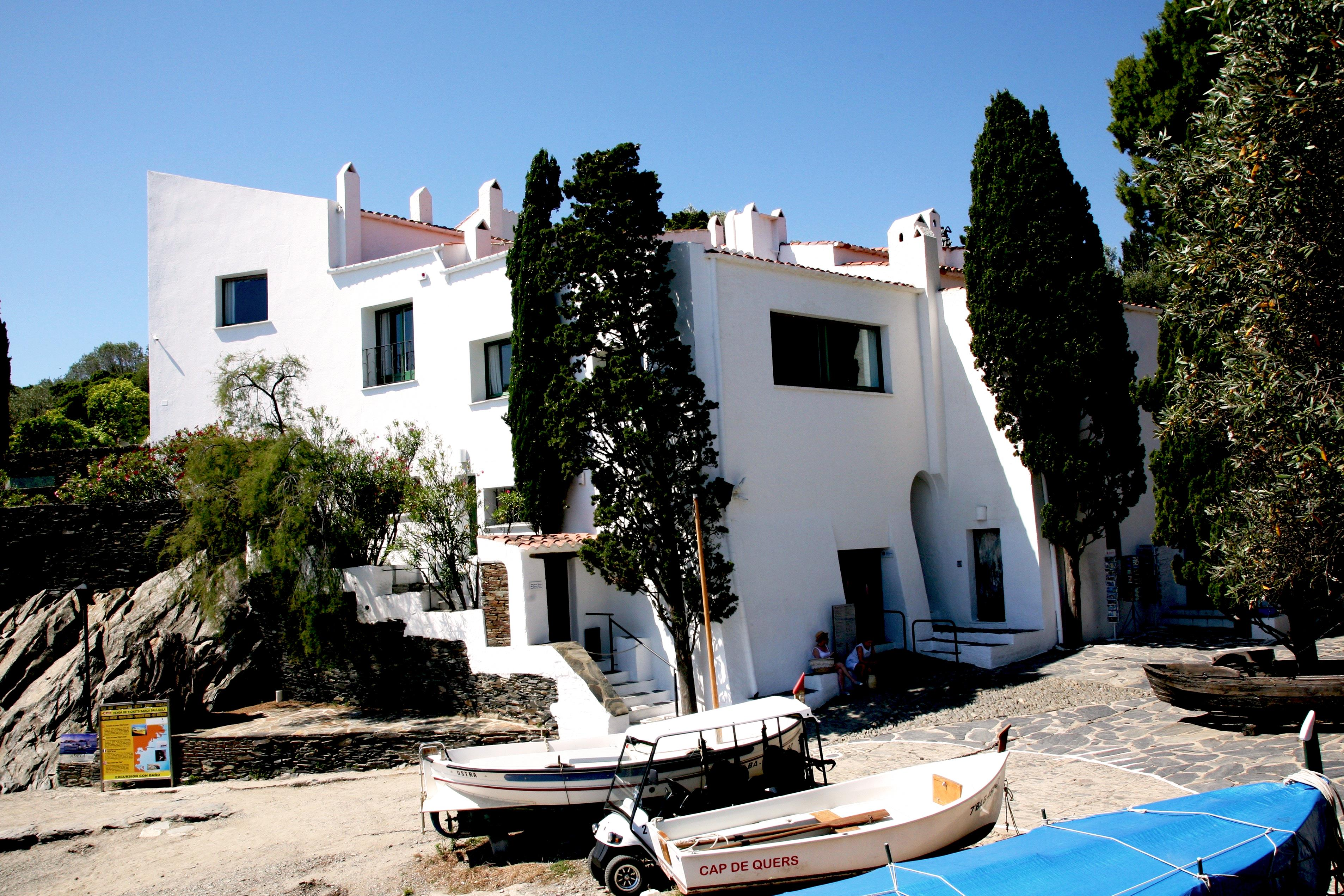Cadaques what to see and do on your costa brava holiday - Casas rurales cadaques ...