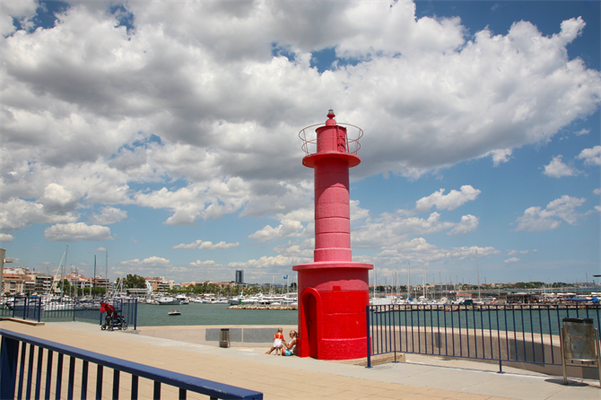The red lighthouse in Cambrils