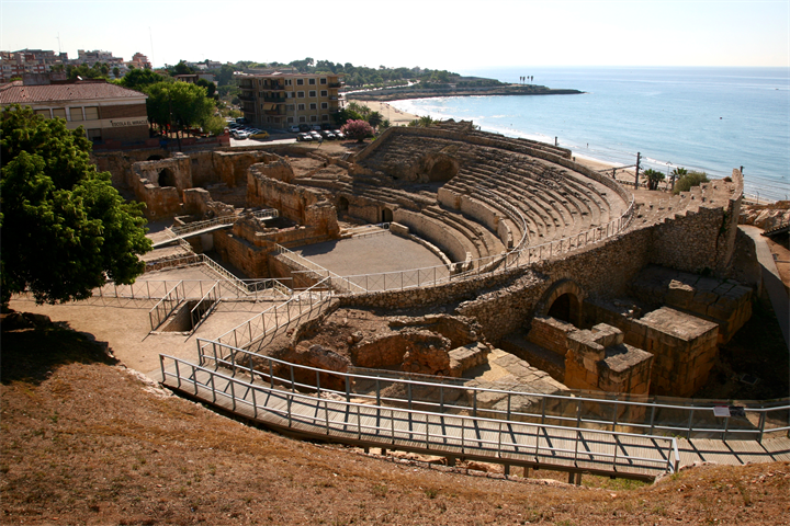 Tarragona: a trip to the past