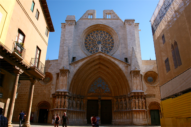 The Santa Tecla Cathedral in Tarragon