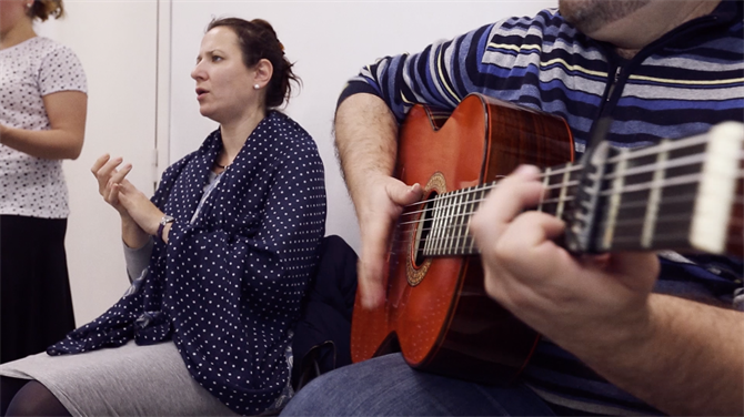 Flamenco Guitar and Singing, Estudio Flamenco