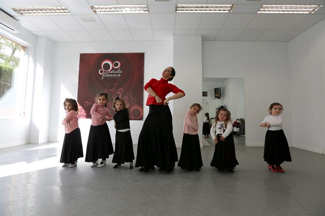 Flamenco Dance, Estudio Flamenco