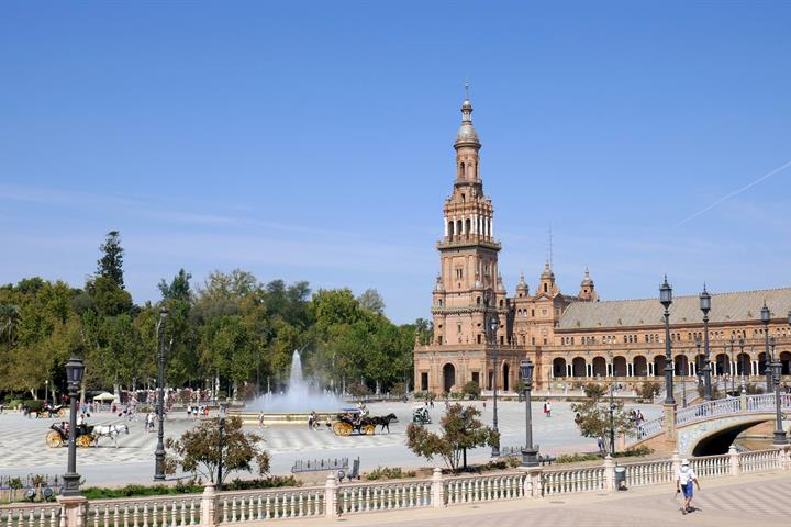 Self Guided Walking Routes: Seville