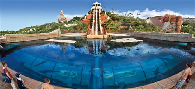 Tenerife - Siam Park - Tower of Power