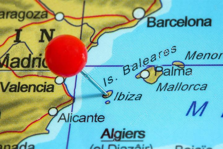 Definitive Guide to Holiday Rental Licence Laws in Ibiza