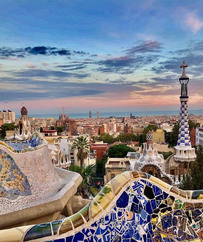 Discover Barcelona with your loved one