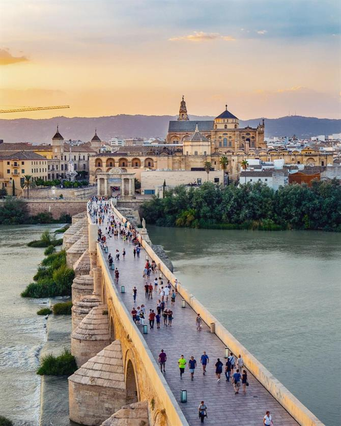 View over the Roman Bridge in Cordoba