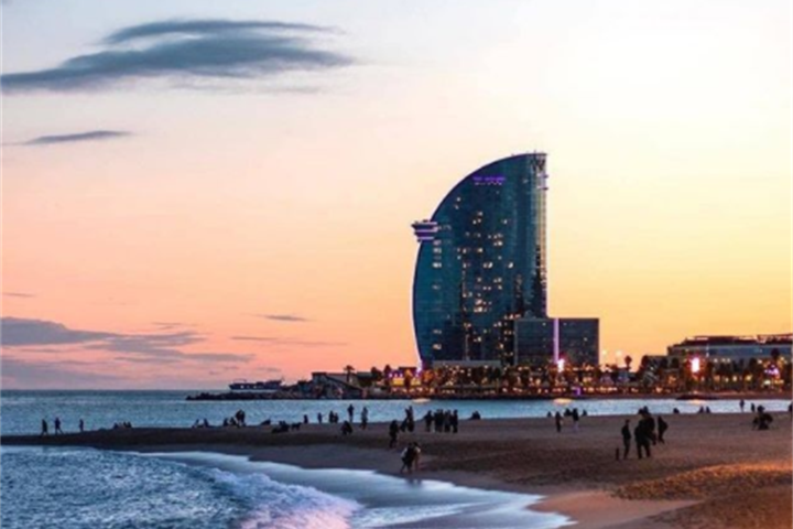 The Best Barcelona Beaches